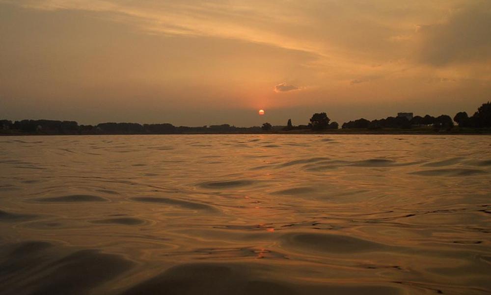 Sonnenuntergang am Rhein in Neuss-Grimlinghausen
