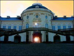 Sonnenuntergang am Schloss (reload)