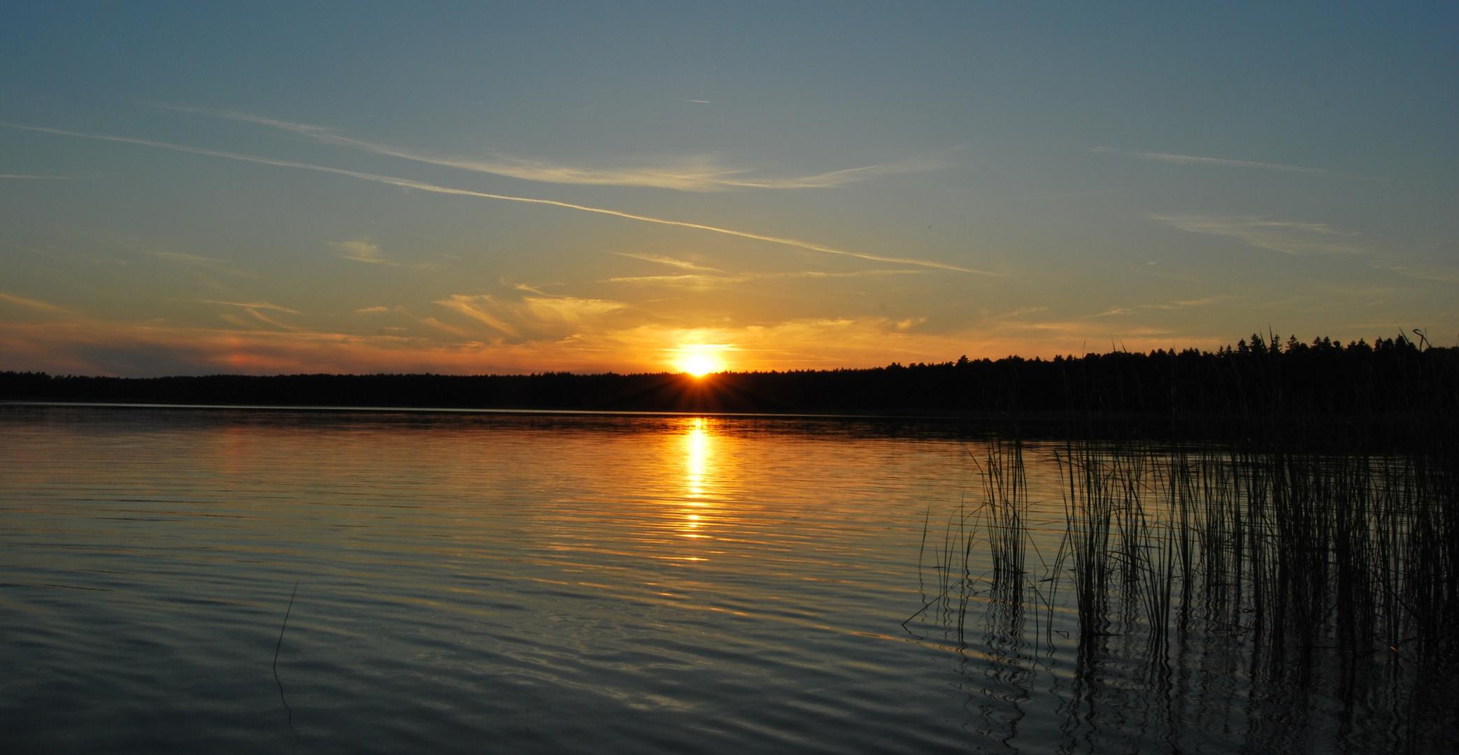 """ Sonnenuntergang am See"""
