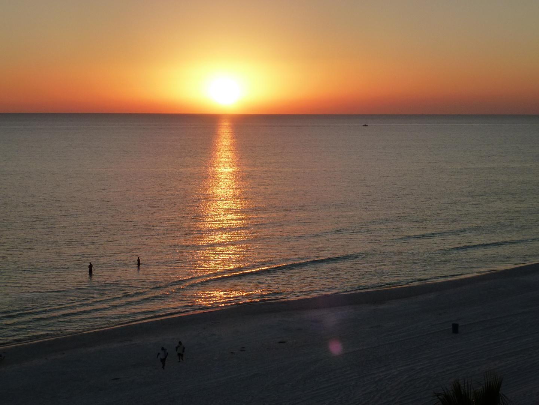 Sonnenuntergang am Stran