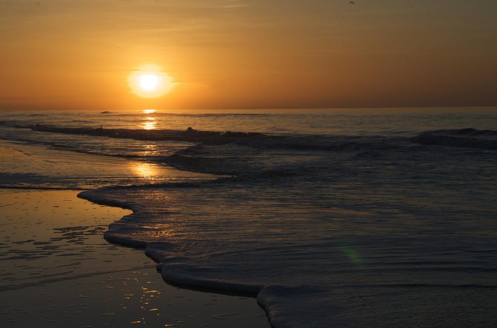 Sonnenuntergang am Strand Kettrup Bjerg