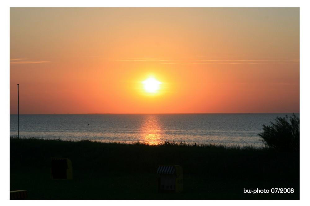 Sonnenuntergang am Strand von Cuxhaven
