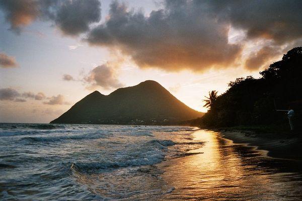 Sonnenuntergang am Strand von Diamant / Martinique