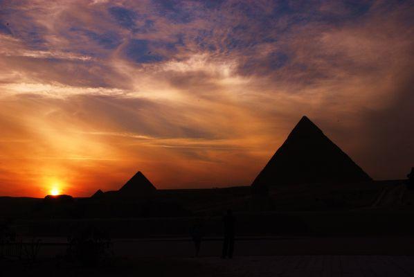 Sonnenuntergang an den Pyramieden von Gise