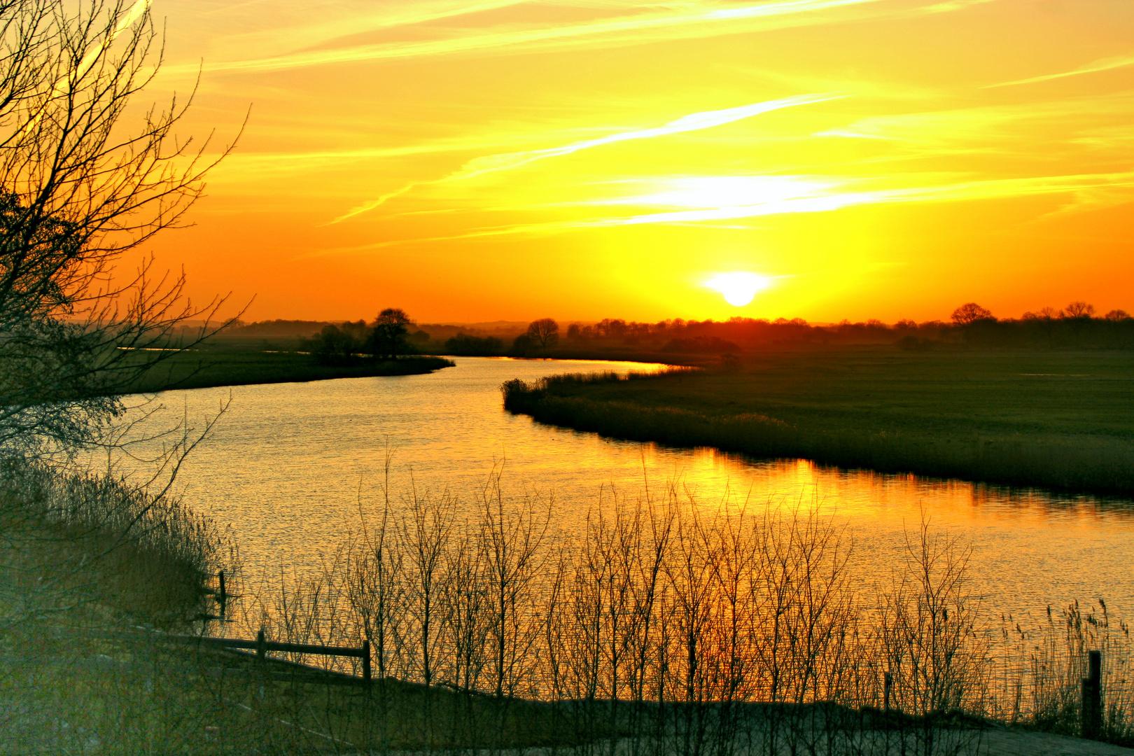 Sonnenuntergang an der Eider