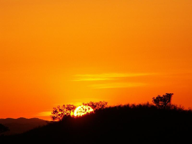 Sonnenuntergang an der Landschaft
