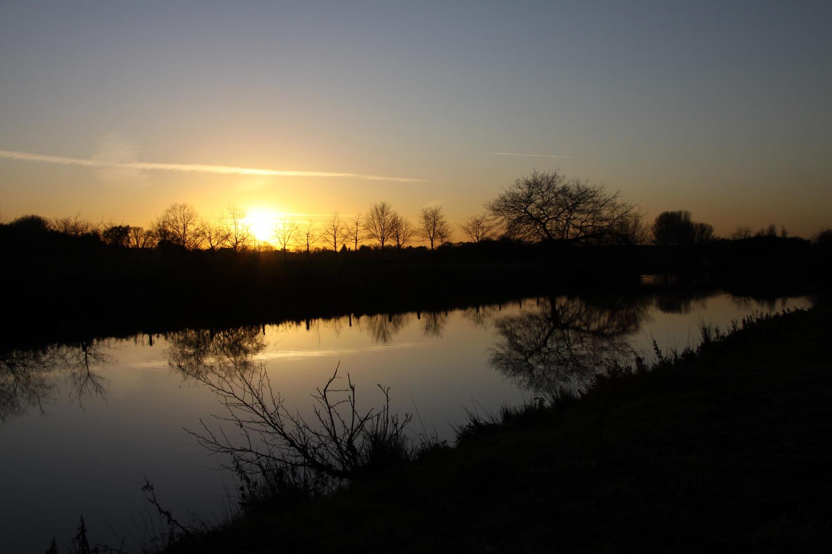 Sonnenuntergang an der Lippe