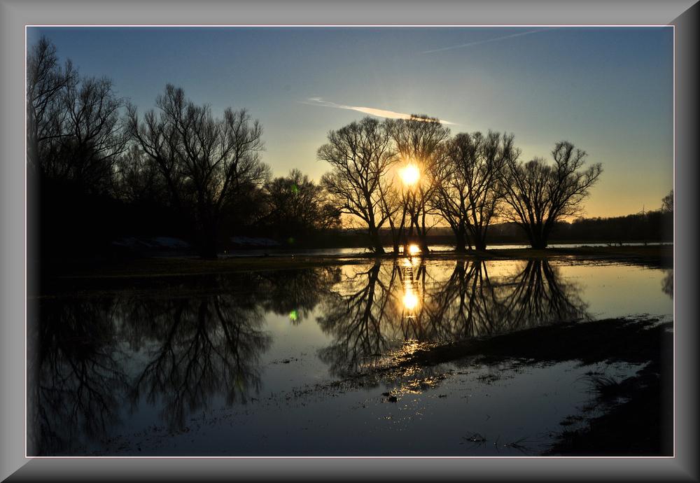 ~~~~~~~~~~~~~~~~Sonnenuntergang an der Mulde~~~~~~~~~~~~~~~~