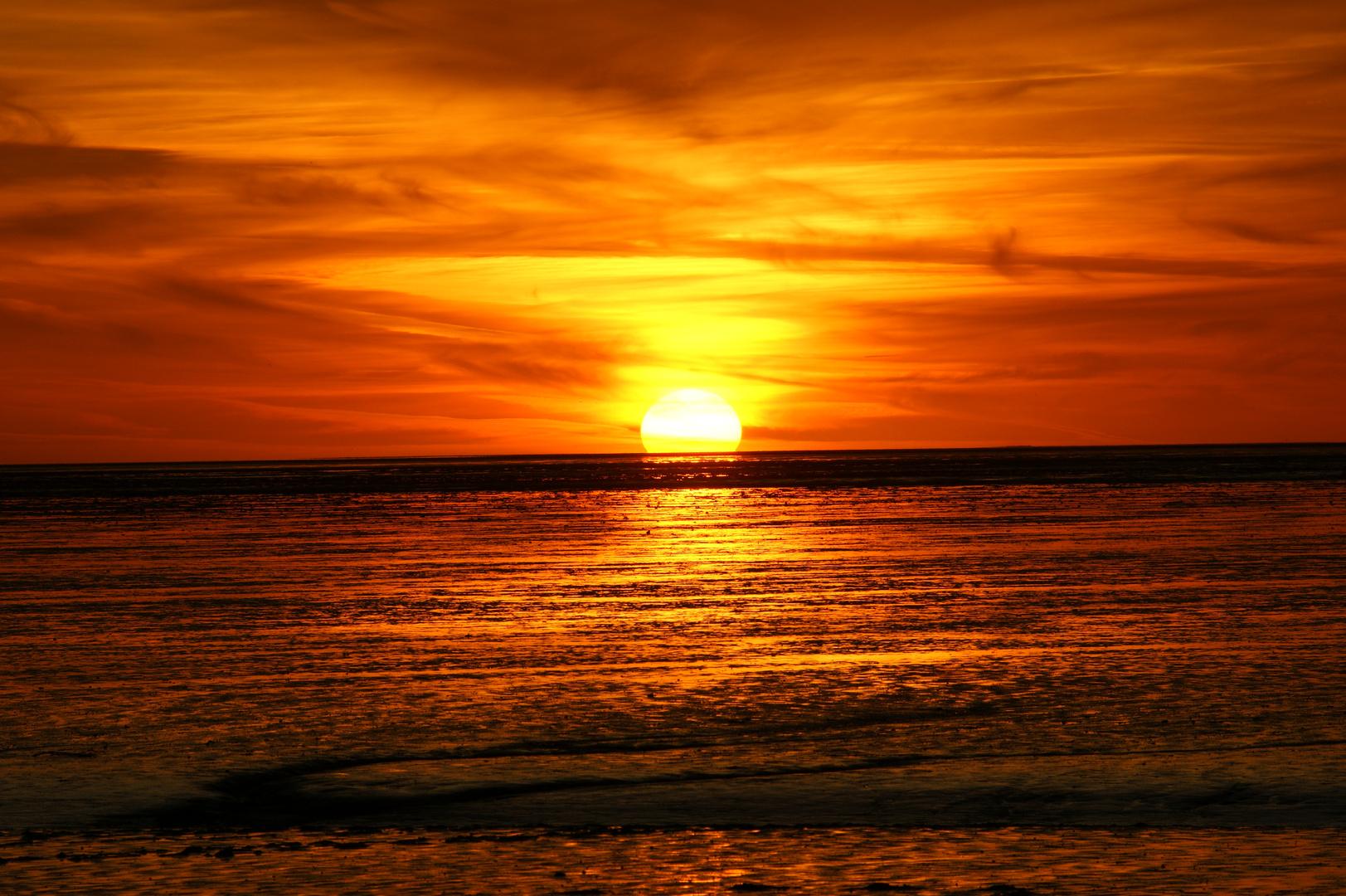 Sonnenuntergang an der Nordseeküste