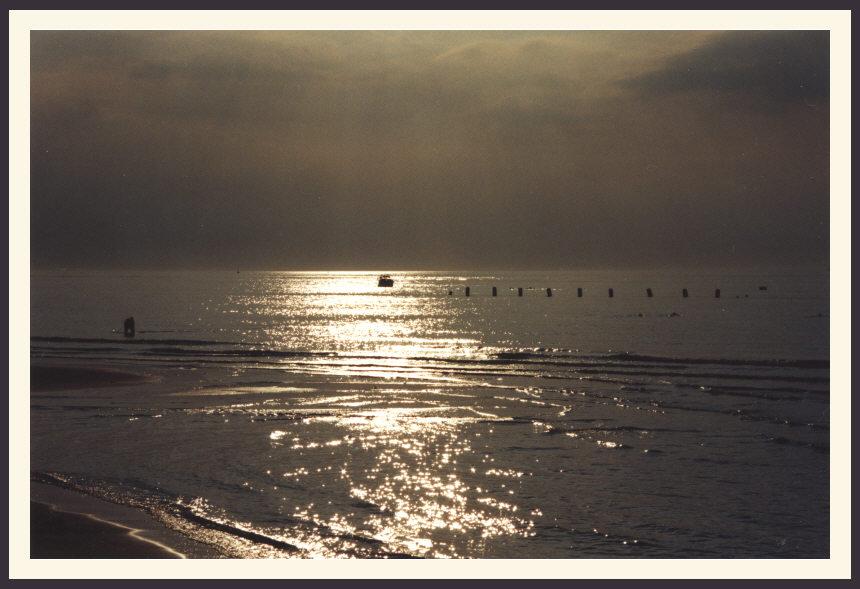 Sonnenuntergang an der Ostsee (Warnemünde)
