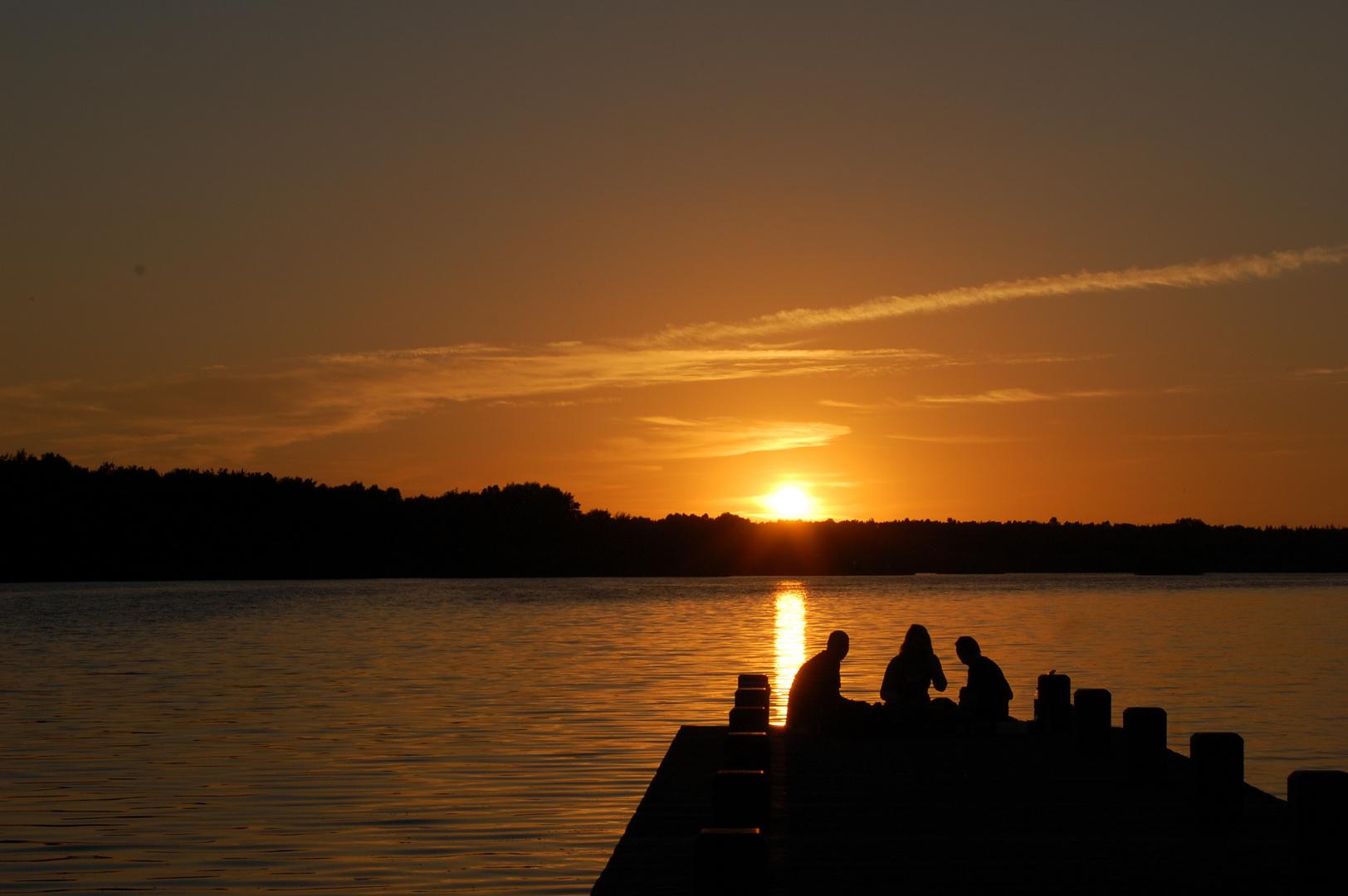Sonnenuntergang an der Talsperre