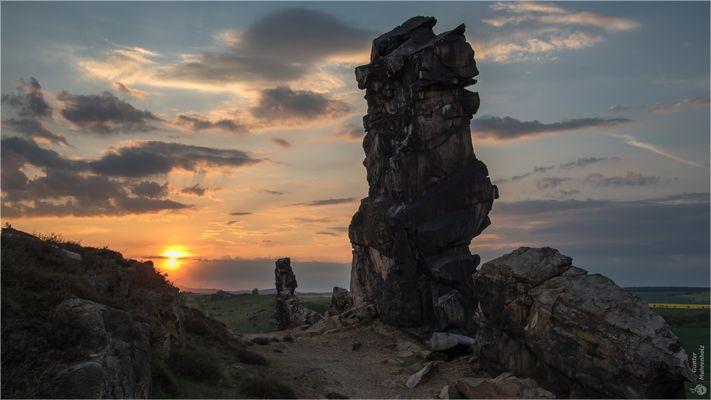 Sonnenuntergang an der Teufelsmauer