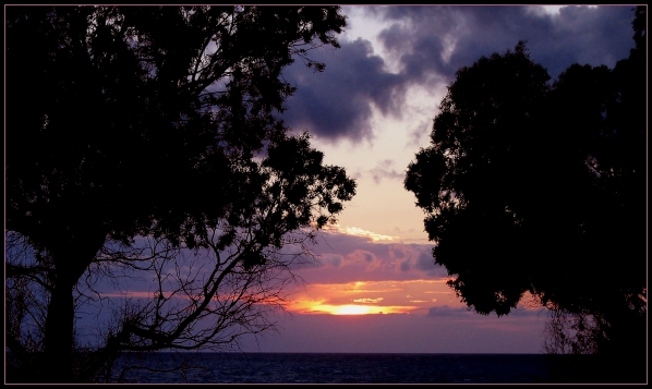 Sonnenuntergang an der Westküste Griechenlands
