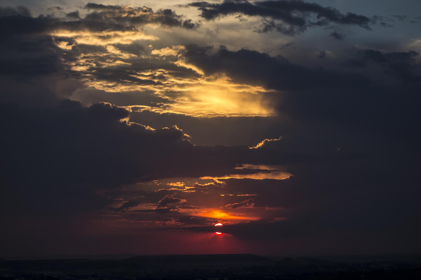 Sonnenuntergang auf Afrikanisch