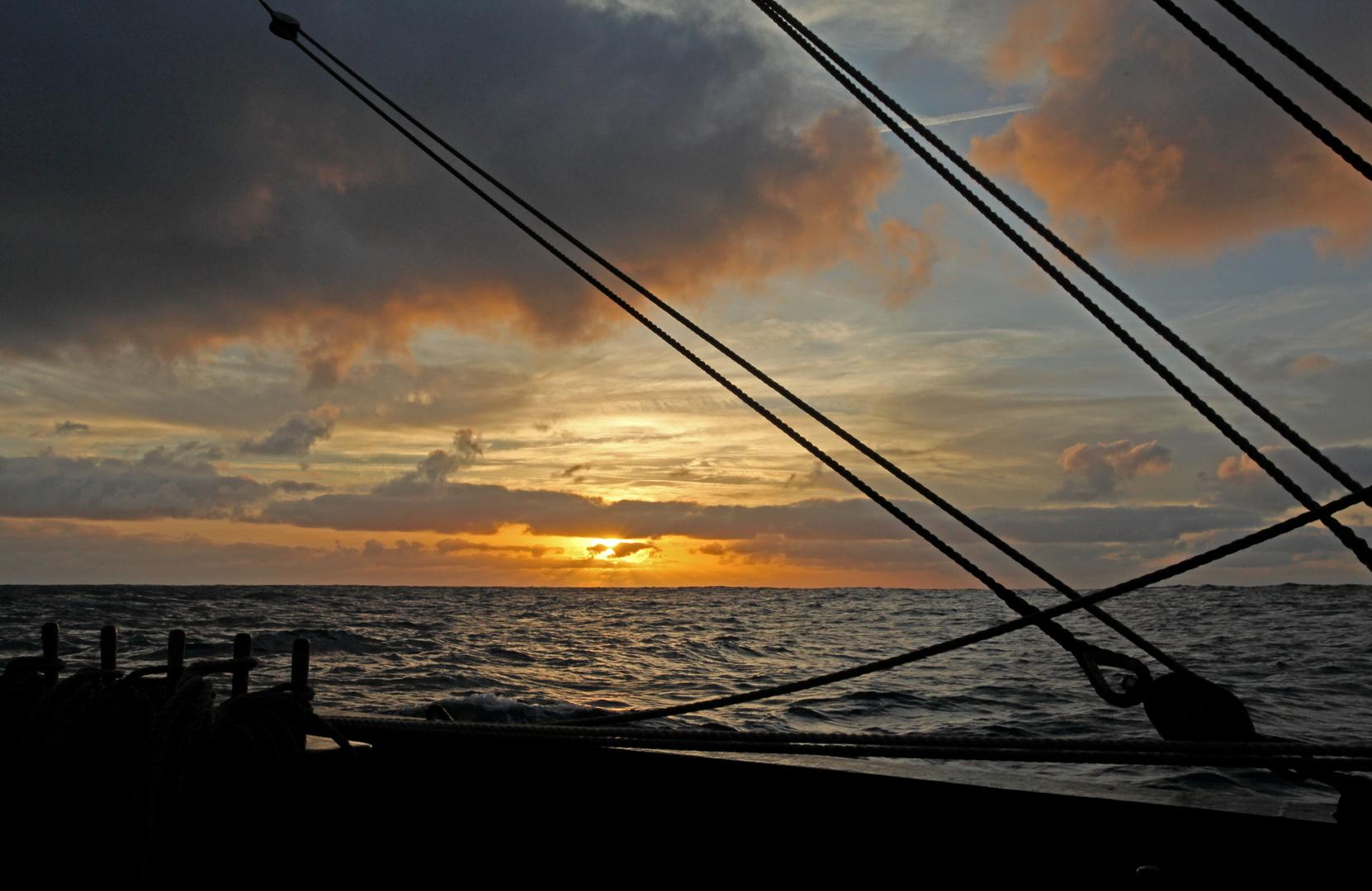 Sonnenuntergang auf dem Atlantik..