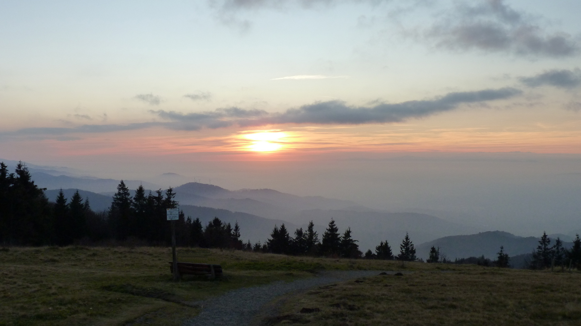 Sonnenuntergang auf dem Kandel
