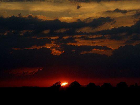 Sonnenuntergang auf der A9