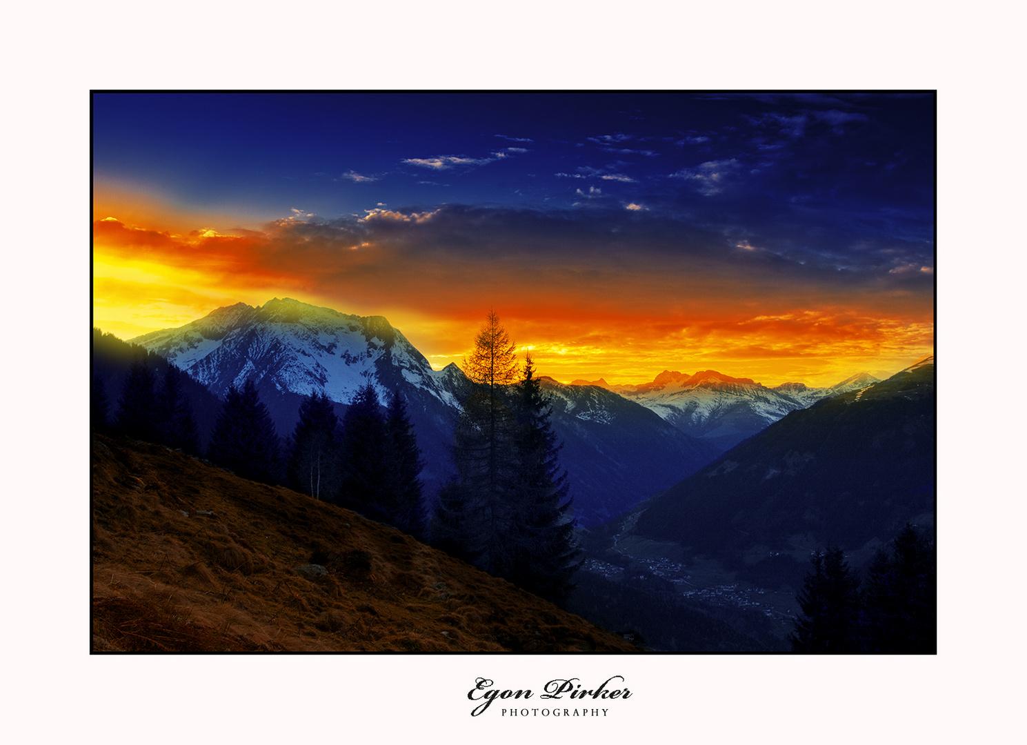 Sonnenuntergang auf der Alm