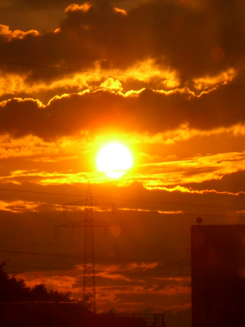 Sonnenuntergang auf der Autobahn II