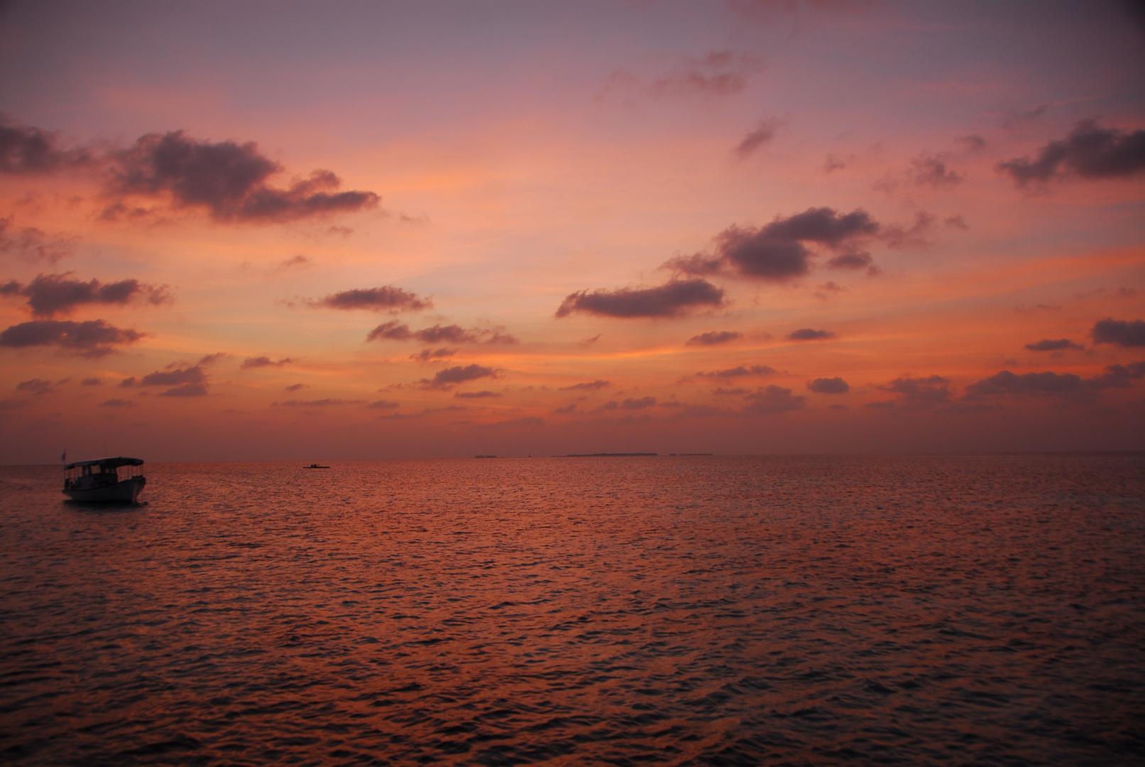 Sonnenuntergang auf der Insel Mirihi