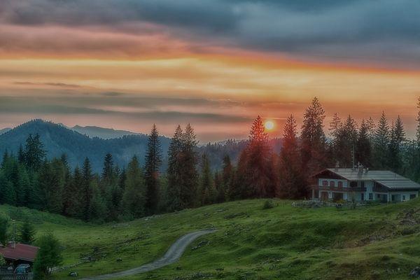 Sonnenuntergang auf der Winklmoos Alm