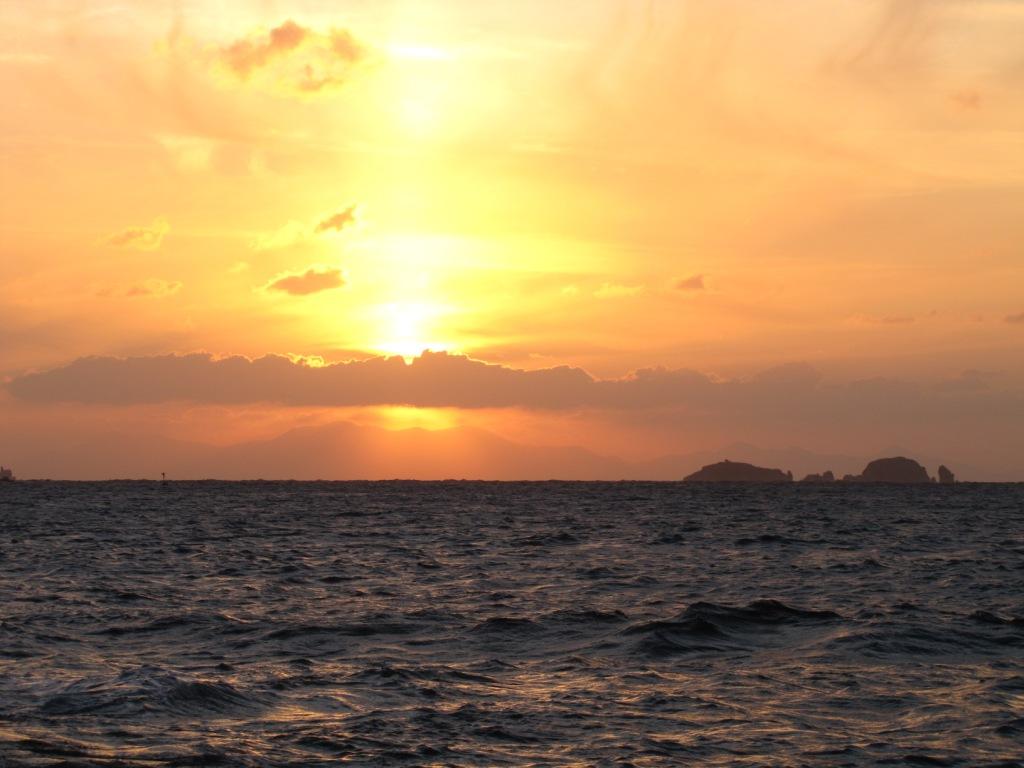Sonnenuntergang auf Paros, Griechenland