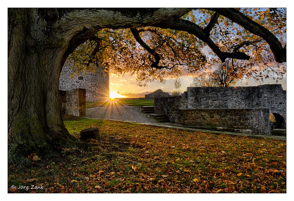 Sonnenuntergang bei der Hohenburg