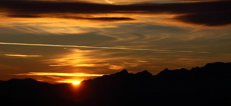 Sonnenuntergang bei der Wanderung am Weißhorn in Südtirol