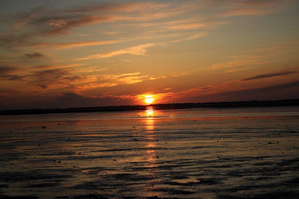 Strand nordsee sonnenuntergang  Sonnenuntergang bei Ebbe an der Nordsee, Strand von Nessmers ...
