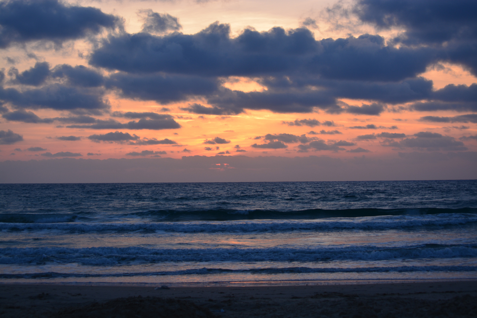 Sonnenuntergang bei Netanya (Israel)