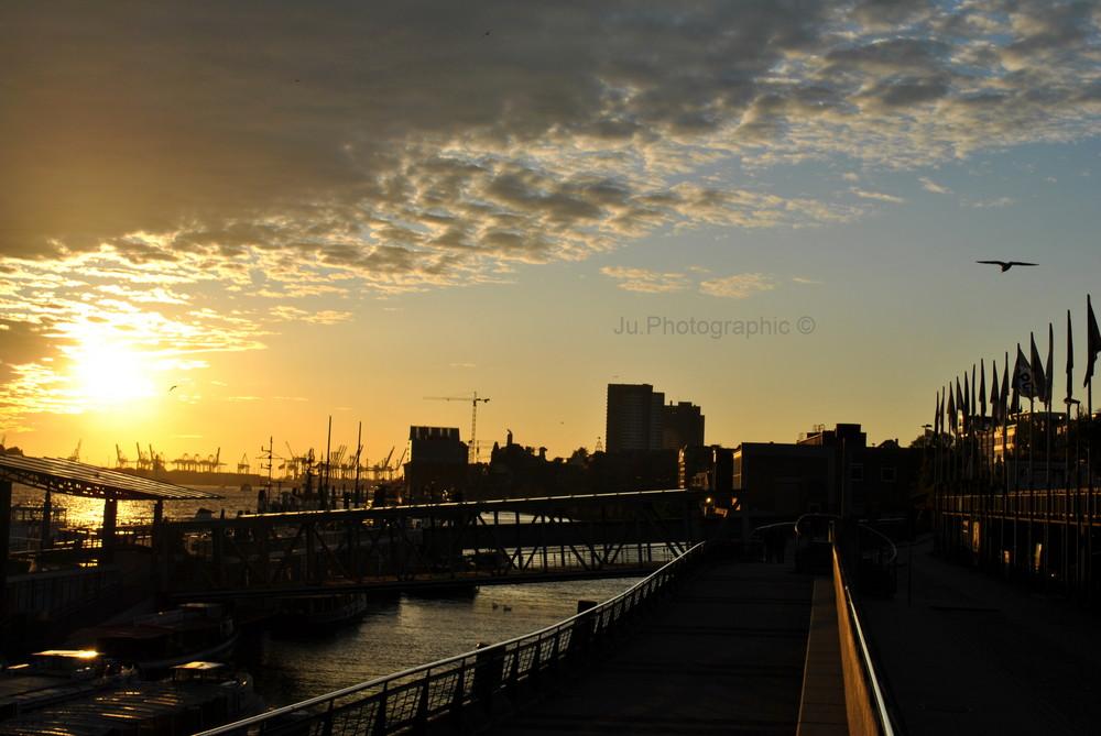 Sonnenuntergang Hafencity
