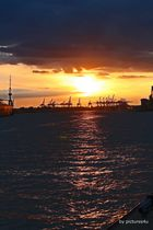 Sonnenuntergang Hamburg Hafen