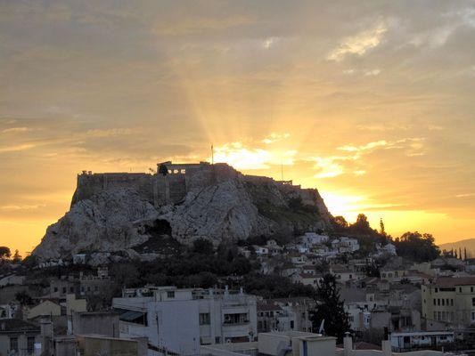 Sonnenuntergang hinter der Akropolis am 17.3.2011