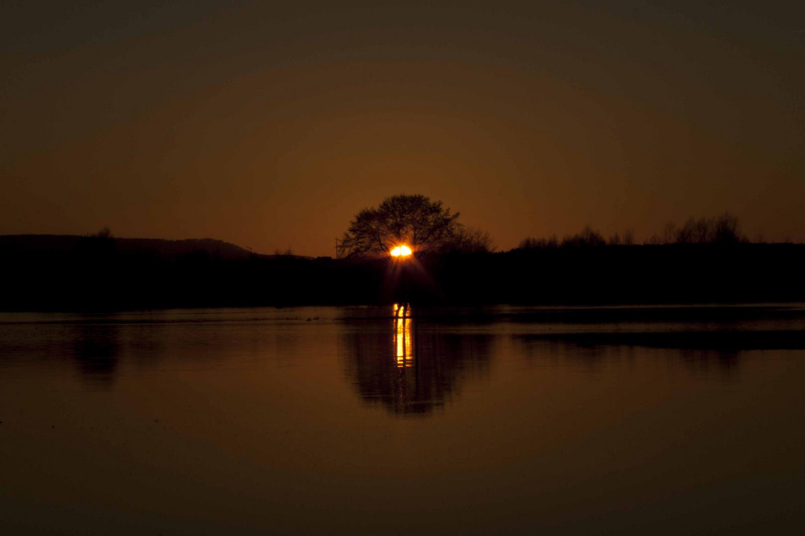 Sonnenuntergang-Hochwasser mal auf einer anderen Art