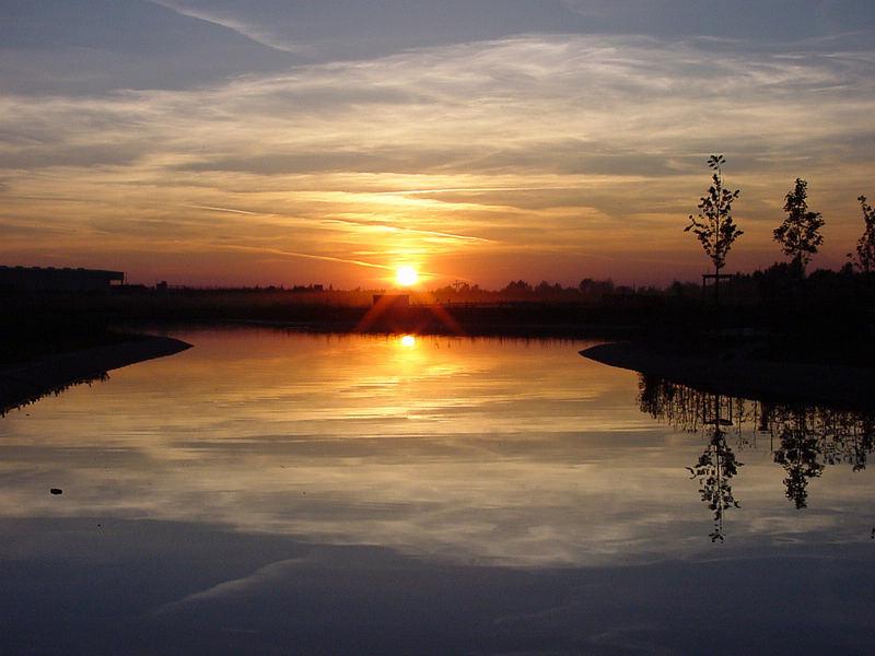 Sonnenuntergang im Belantispark