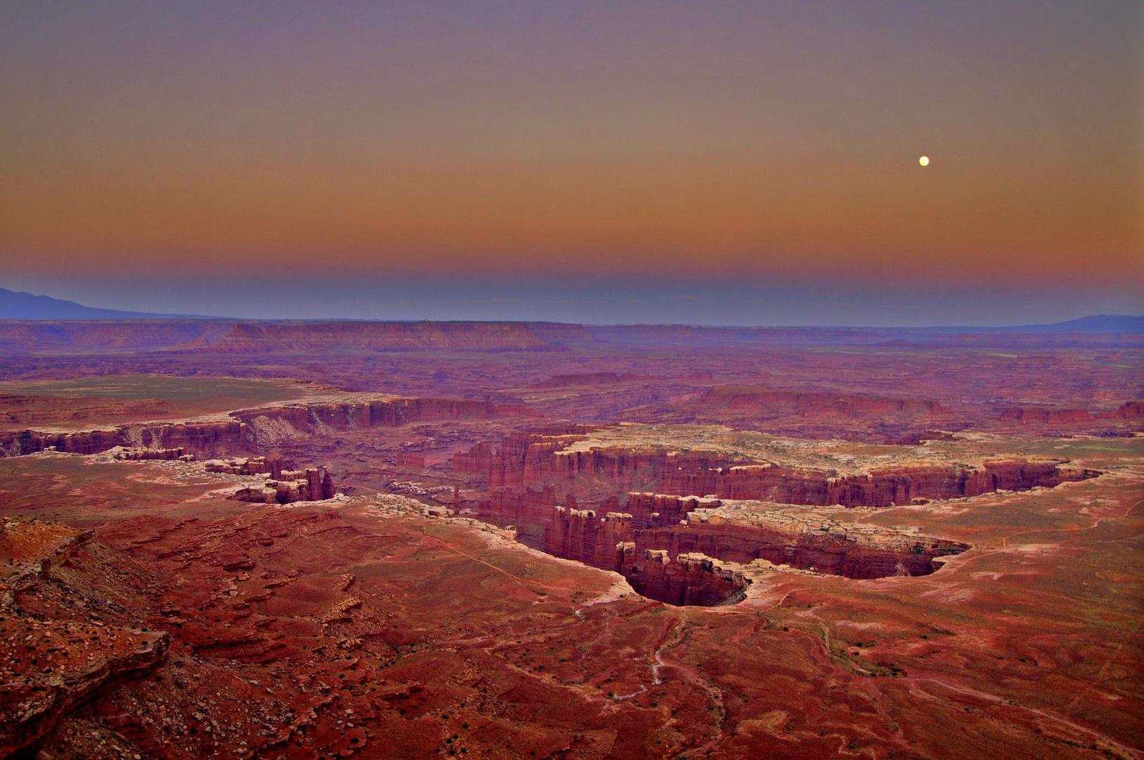 Sonnenuntergang im Canyonlands Nationalpark (Utah / USA)