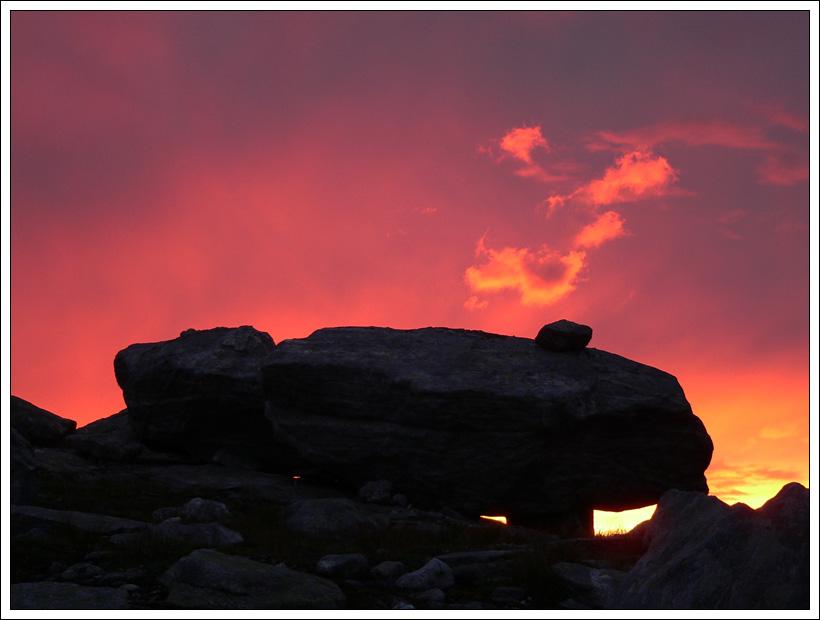 Sonnenuntergang im Gebirge Norwegens