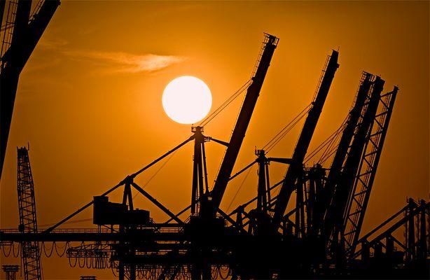 Sonnenuntergang im Hafen 1