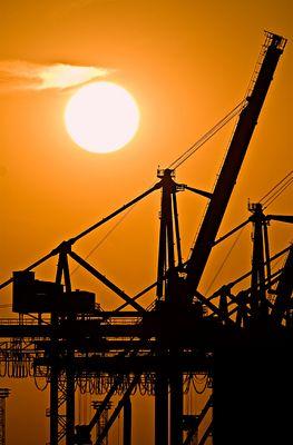 Sonnenuntergang im Hafen 2