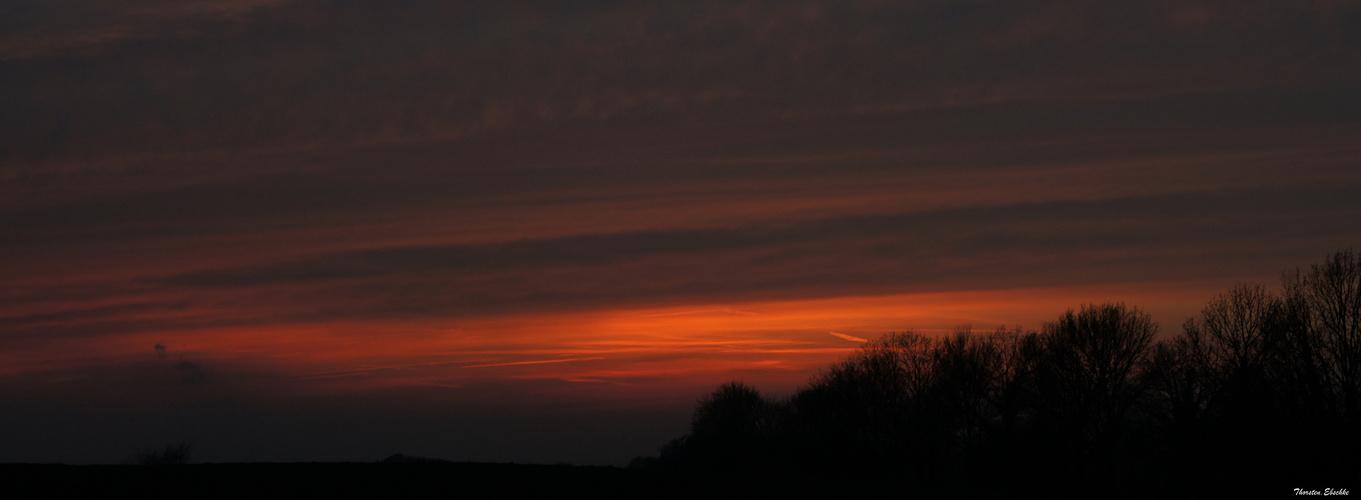 Sonnenuntergang im Rheinland