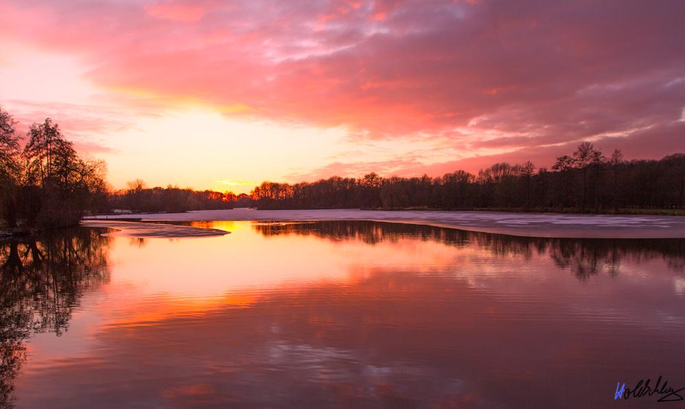 Sonnenuntergang im späten Winter 2, ein anderer Schnitt, und Belichtung