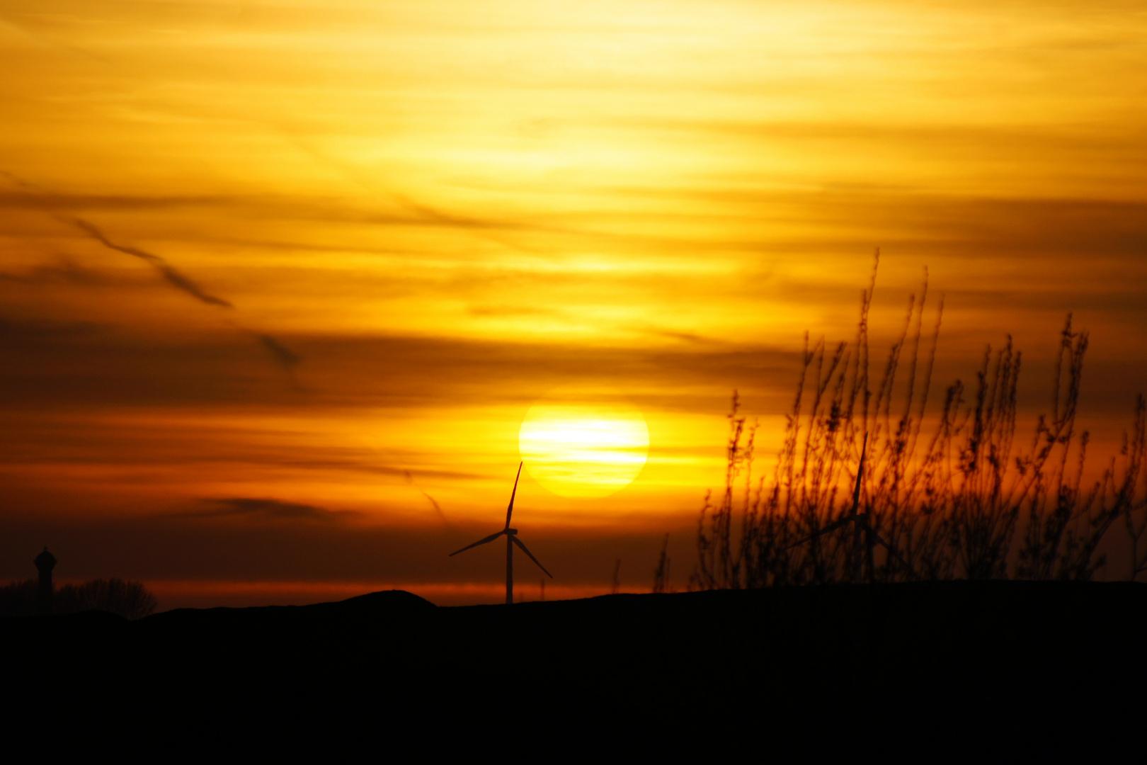 Sonnenuntergang im Tagebau