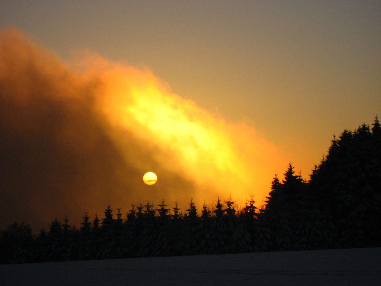 Sonnenuntergang im Wintertraum