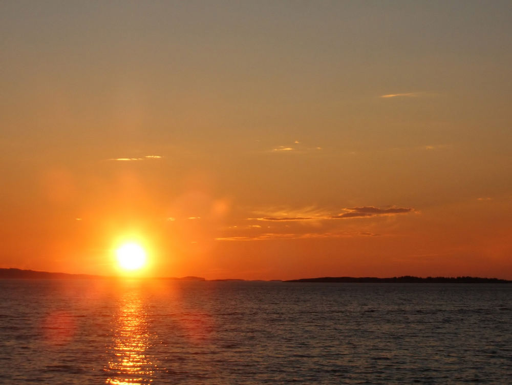 Sonnenuntergang in Andalsvåg / Südnorwegen