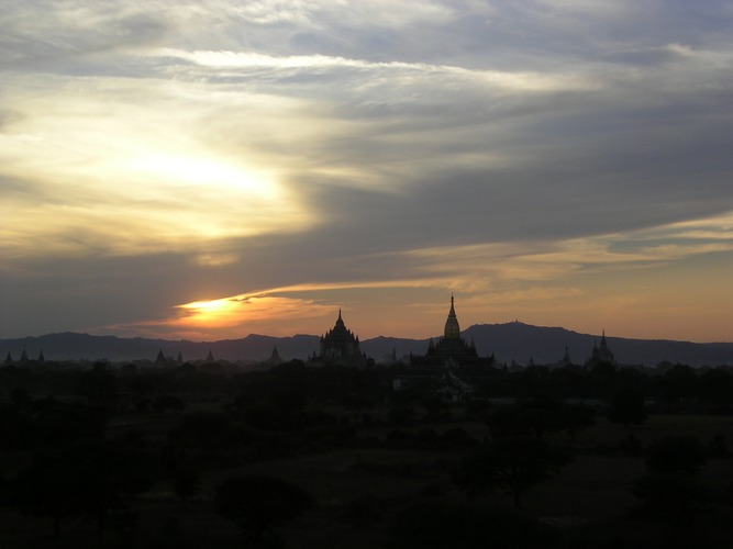 Sonnenuntergang in Bagan(Myanmar/Burma)