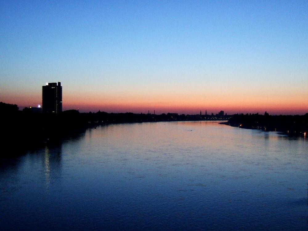 Sonnenuntergang in Bonn