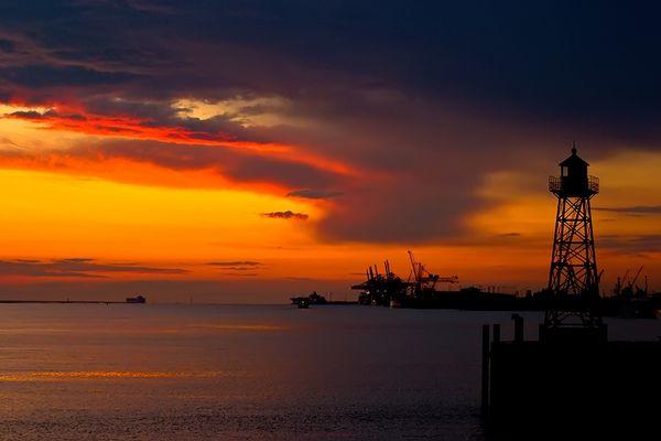 Sonnenuntergang in Bremerhaven