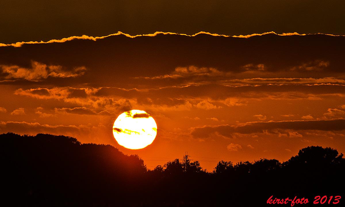 Sonnenuntergang in der Bauernschaft.