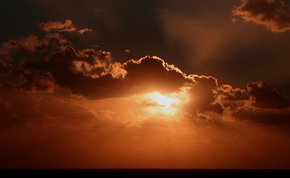 Sonnenuntergang in der Bucht von Sagone