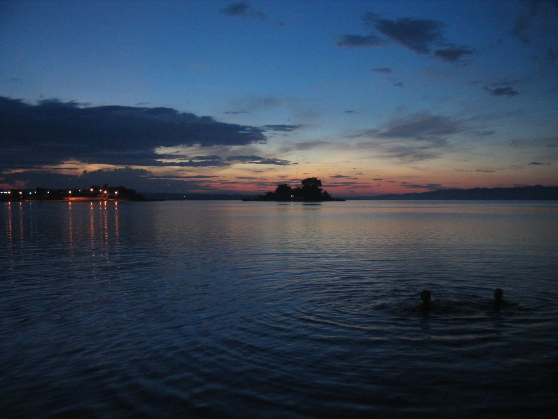 Sonnenuntergang in Flores am Lago Peten